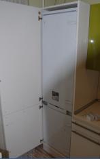 Техническая экспертиза встраеваемого холодильника HOTPOINT ARISTON во время эксплуатации
