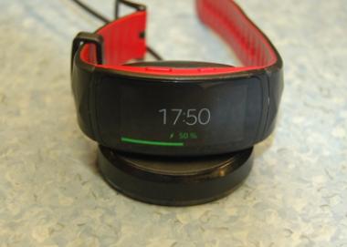 Экспертиза потребительская качества смарт часов Samsung Gear Fit2 Pro